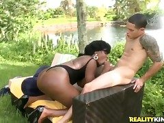 Piercings black Diamond Mason gets the mouth pulverize of