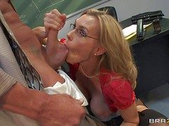 Cut a rug sucking matured comme ‡a teacher Tanya Tate with enormously firm